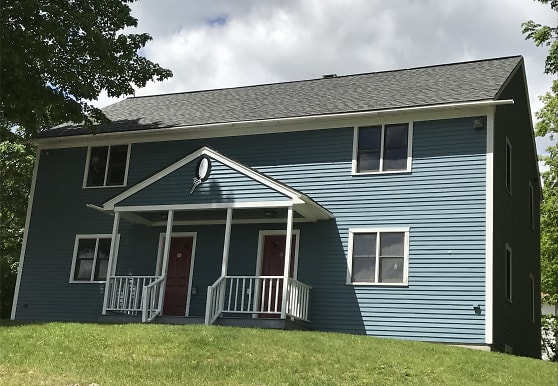 8 Gould Terrace, Plymouth, NH