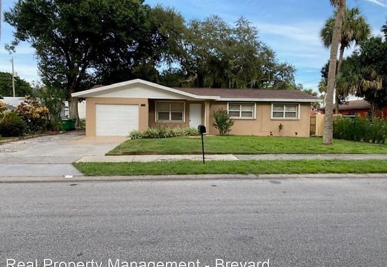 712 S Varr Ave, Cocoa, FL