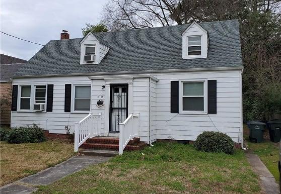 5905 Hampton Blvd, Norfolk, VA