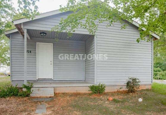 704 Melrose St, Reidsville, NC
