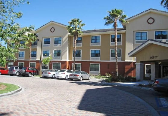 Furnished Studio - Los Angeles - Simi Valley, Simi Valley, CA