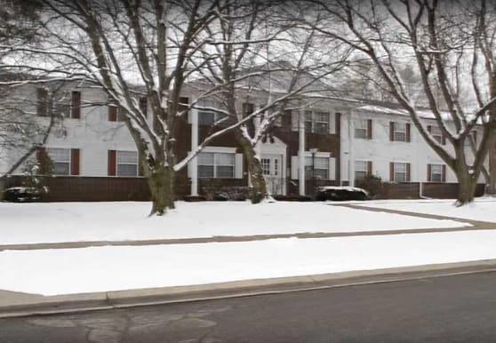 Oakridge Apartments a 55+ Community, Toledo, OH