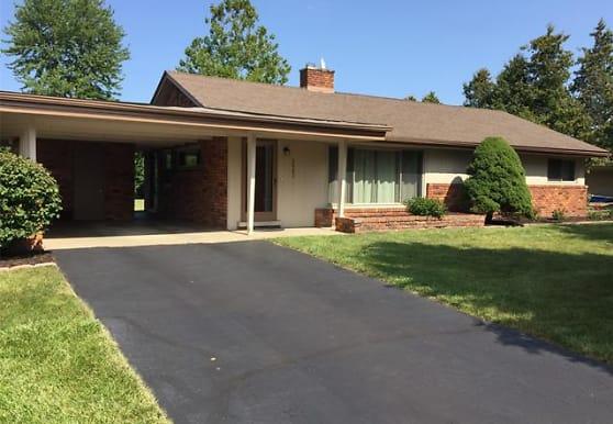 2663 Colonial Way, Bloomfield Hills, MI