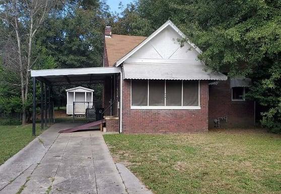 631 Villa Esta Ave, Macon, GA