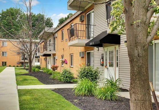 Lakeland Terrace Apartments, Euclid, OH