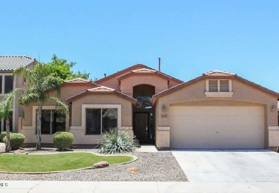 1321 E Baker Dr, San Tan Valley, AZ
