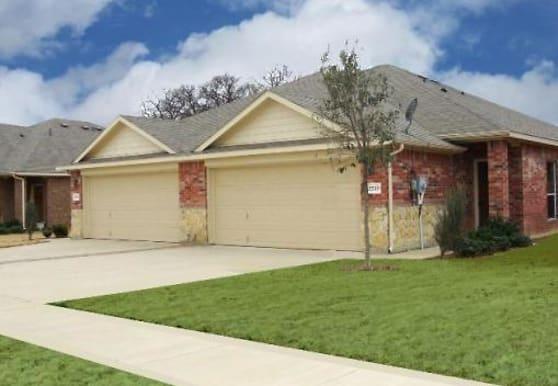 2511 Wood River Pkwy, Mansfield, TX