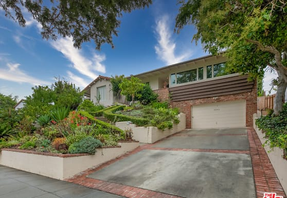 10553 Butterfield Rd, Los Angeles, CA