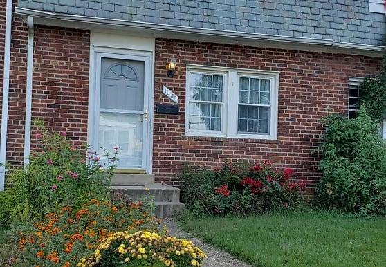 1058 N Monroe St, Arlington, VA