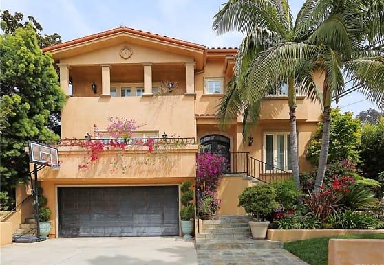 10269 Cheviot Dr, Los Angeles, CA