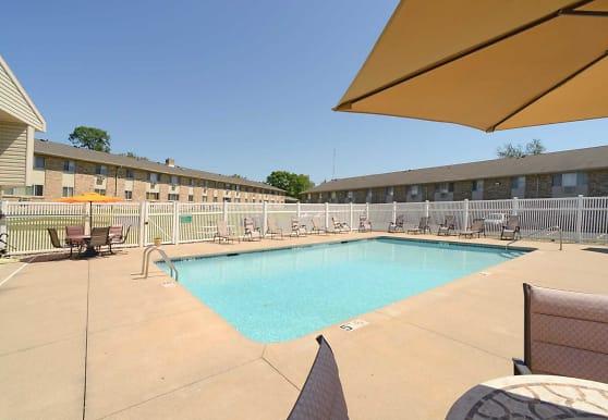 Wildwood Pool, Cedar Rapids, IA