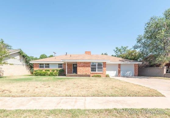 3213 W Dengar Ave, Midland, TX