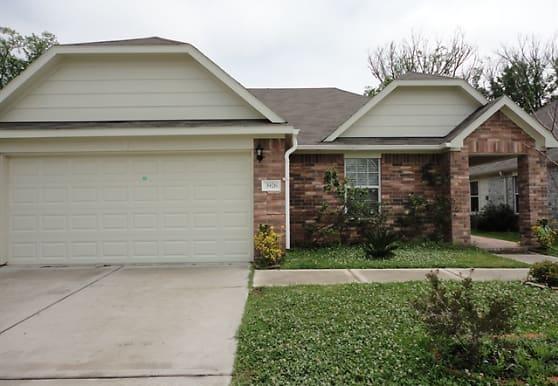 3926 Cary Creek Drive, Baytown, TX