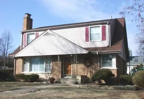 206 N Clay St, Hinsdale, IL