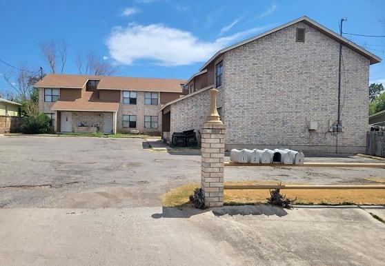 240 Colorado St, Eagle Pass, TX