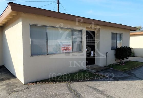 137 S Vernon Ave, Azusa, CA