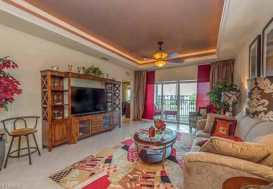 7818 Great Heron Way, Naples, FL