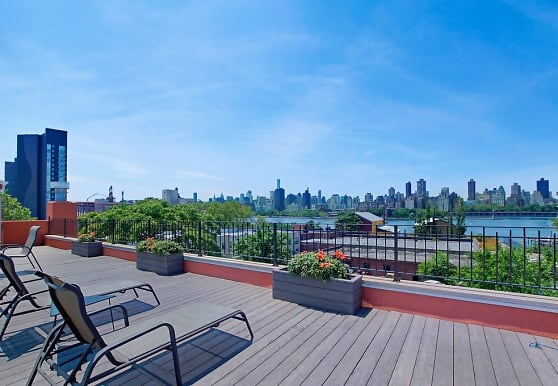 11-32 30th Rd 1R, Queens, NY