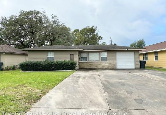 5031 Simpson Ave, Groves, TX