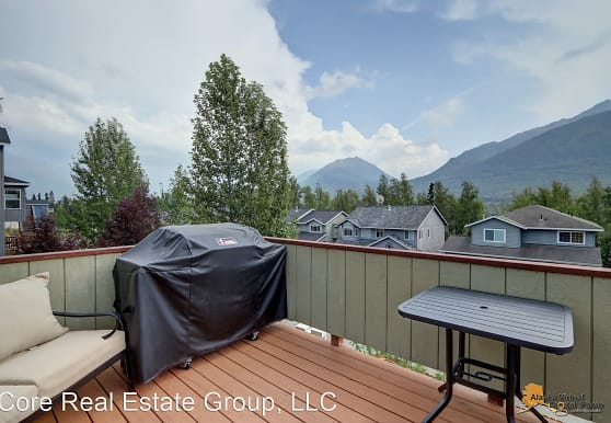 20778 Mountainside Dr, Anchorage, AK