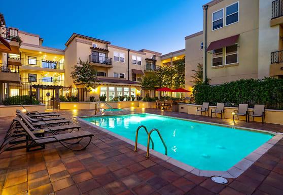 The Villagio Apartments, Northridge, CA