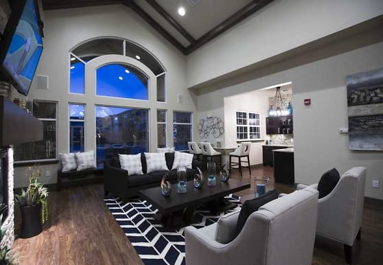 Fox Ridge Apartments, Longmont, CO