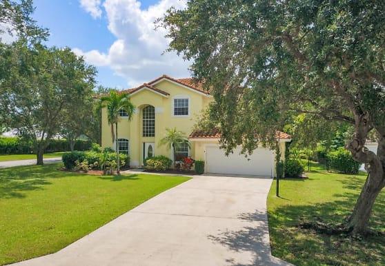 1602 NW 102nd Dr 1, Coral Springs, FL