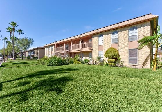 McIntyre Apartments, Edinburg, TX