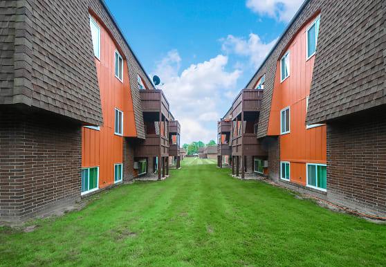Chalet Apartments, Brunswick, OH