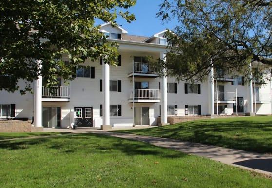 College Park Apartments, Lincoln, NE