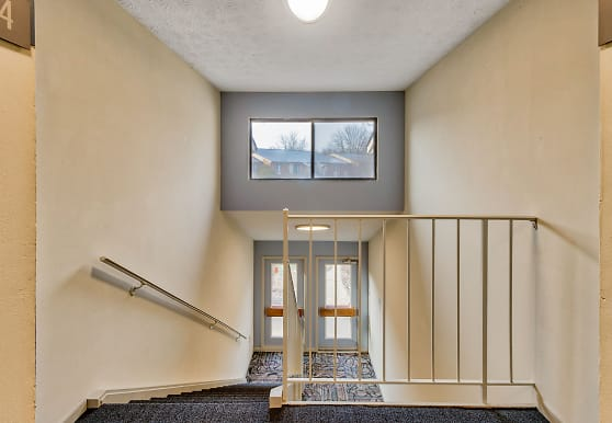 English Village Apartments, Indianapolis, IN