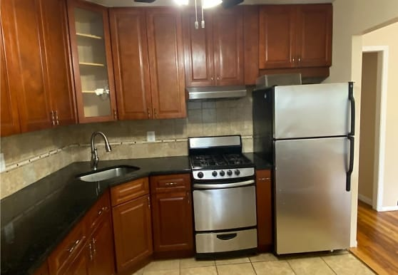 89-51 241st St, Queens, NY
