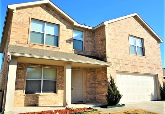 320 Allenwood Drive, Fort Worth, TX