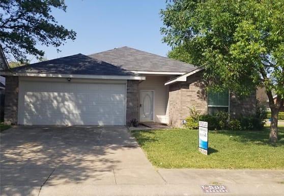 503 San Pedro Ave, Duncanville, TX