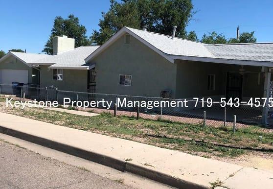 724 Troy Ave, Pueblo, CO