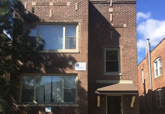 7204 S Cornell Ave, Chicago, IL
