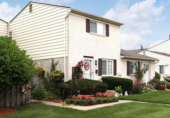 Auburn Village Townhomes, Pontiac, MI
