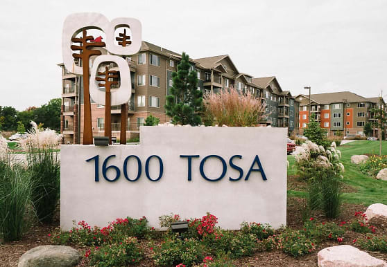 1600 Tosa, Milwaukee, WI