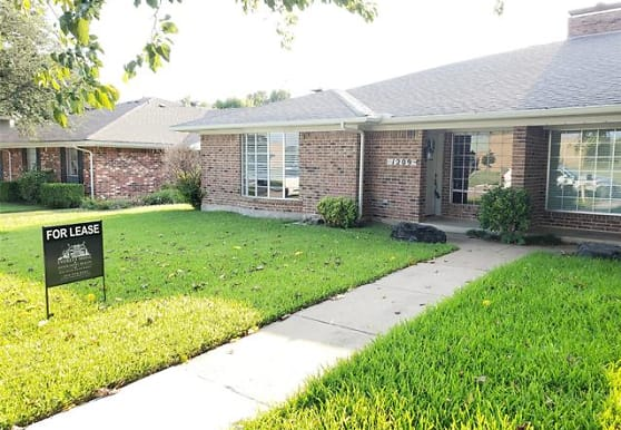 1209 Mill Valley Dr, Plano, TX