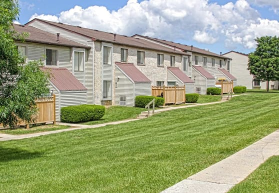 Pennswood Apartments & Townhomes, Harrisburg, PA
