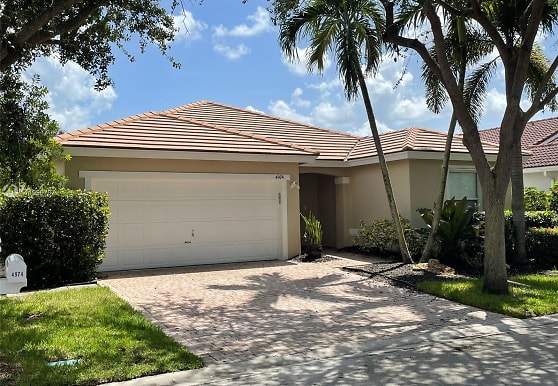 4974 SW 34th Terrace, Fort Lauderdale, FL