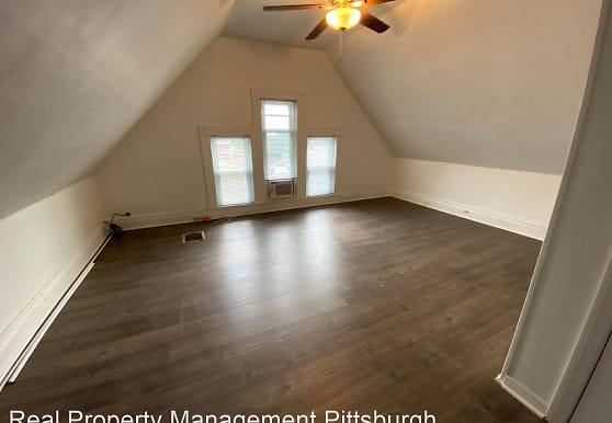 123 Homestead St, Pittsburgh, PA