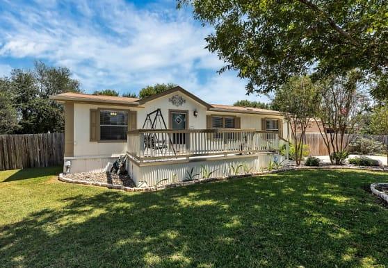 1376 Bradfield Cir, New Braunfels, TX