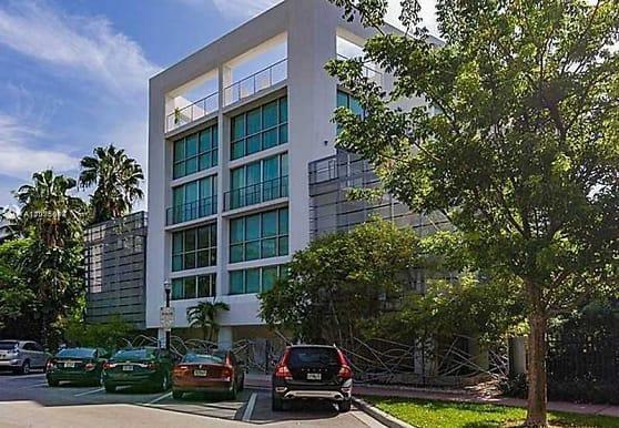 221 Jefferson Ave 15, Miami Beach, FL