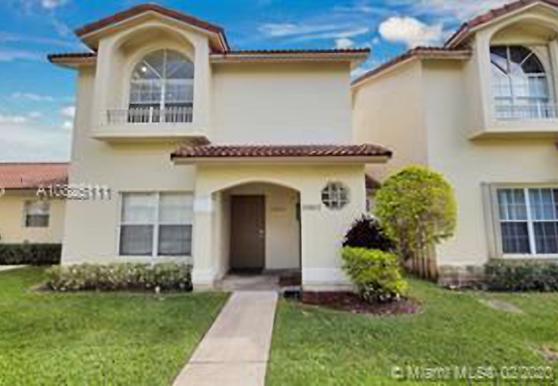 10807 NW 8th St, Pembroke Pines, FL