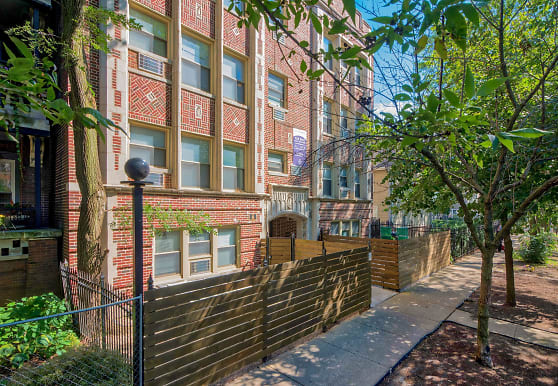 5051 N Kenmore, Chicago, IL