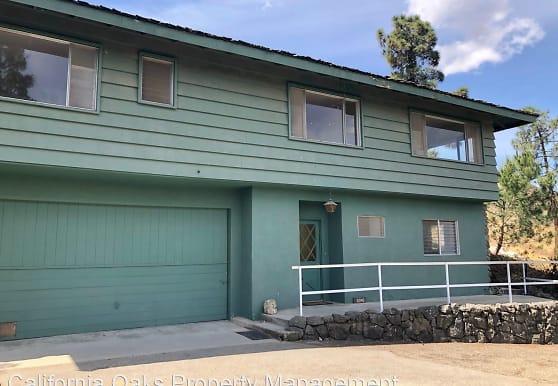 10840 Santa Rosa Rd, Camarillo, CA