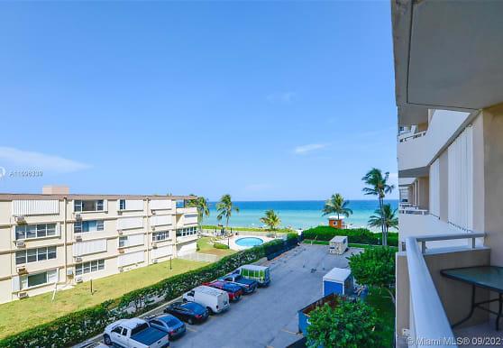 1950 S Ocean Dr 3H, Hallandale Beach, FL