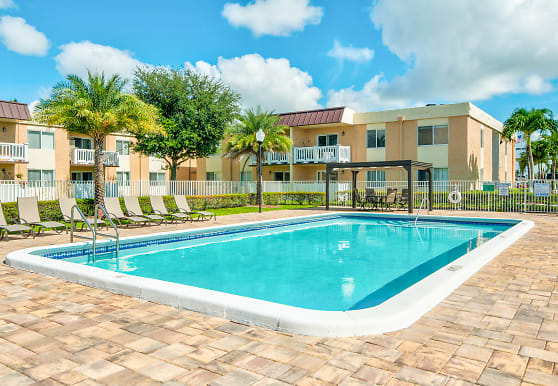 Windsor Forest Apartments, Pompano Beach, FL