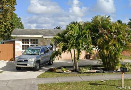 5801 SW 41st St 0, West Park, FL